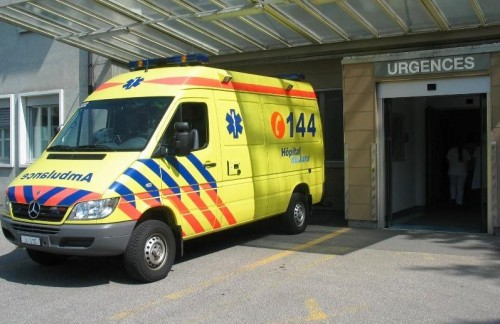 Ambulance_HJU-D.JPG